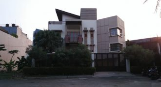 Rumah Kembangan Puri Indah Jakarta Barat