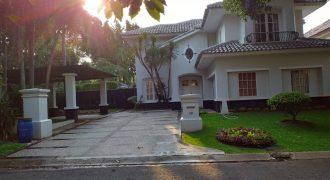 Rumah Sewa Tm.Golf Lippo Karawaci