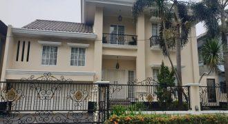 Rumah Mewah Permata Lippo Karwaci Siap Huni